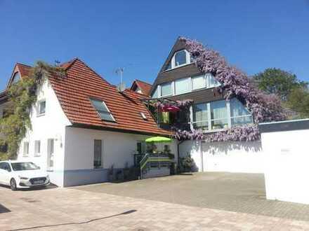 2 Häuser mit insges. 12 - Zimmern in Südliche Weinstraße (Kreis), Pleisweiler-Oberhofen
