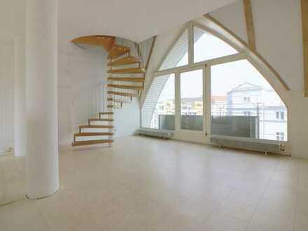 *Unikat in attraktiver Lage! sanierte 5 Zimmer Dachgeschoss-Maisonette* geeignet als Home-Office