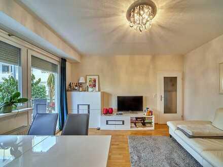 DEN KURPARK VOR DER TÜR! Modernisierte 2 Zimmer Wohnung inkl. 2 Stellplätze