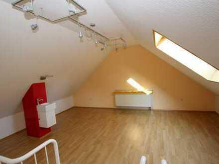 Junges Reihenmittelhaus! Ca. 184,6m² Nutzfläche mit großer Terasse und Garage