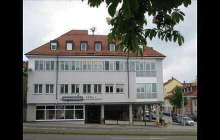 Stilvolle 2-Zimmer-Wohnung mit Balkon in Ludwigsburg