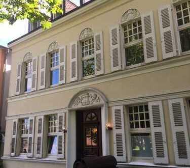 Traumhafte Dachgeschosswohnung mitten in der Altstadt an der Kunsthalle