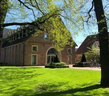 Ascheberg Zentrum / 300 qm Praxifläche am historischen Gutshof / Ärztezentrum Schlingermanns Hof