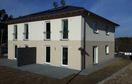 Haus/Wohnung (DHH/Neubau) modern, hell, ruhige Lage mit Terrasse und kleinem Garten