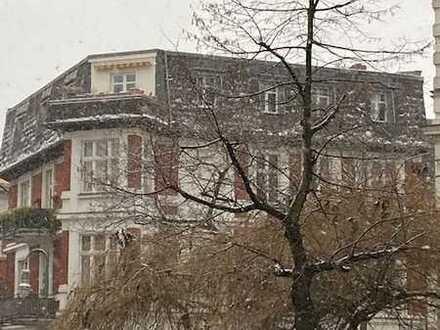 Gemütliche Dachgeschoss-Wohnung (3. Obergeschoss) Sonnen-Balkon ruhig & im zentralen Friedenau