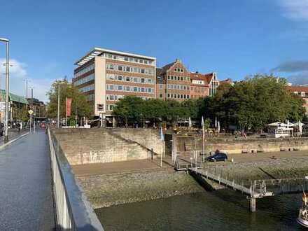 Vermietung von hochwertigen Büroflächen mit Weserblick an der Bremer Schlachte