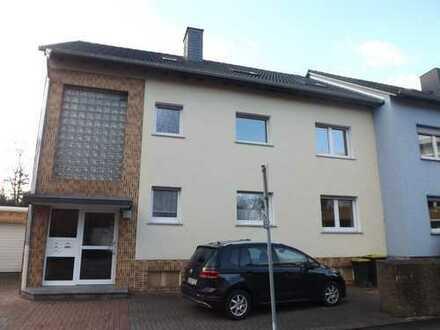 Vollständig renovierte 4-Zimmer-Wohnung mit Balkon in Kamen