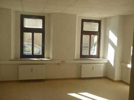 2-Raum-Wohnung oder Büro in Glauchau