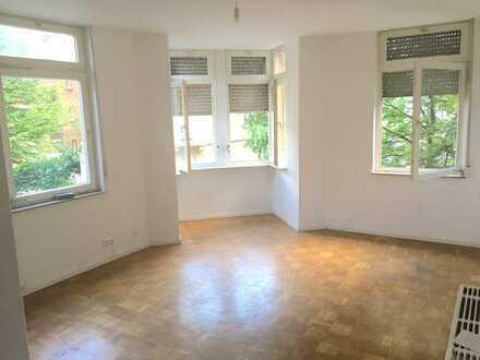 Renovierte 1-Zimmer Wohnung in zentraler Lage!!!