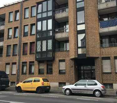 Stilvolle, gepflegte 2-Zimmer-Wohnung mit Balkon in Bonn