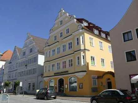 Großzügige Innenstadtwohnung mit viel Flair und Grün in Dillingen a. d. Donau