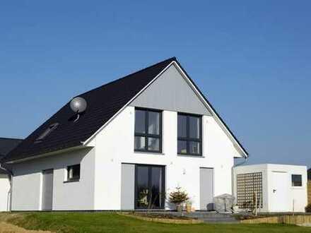 Einfamilienhaus+Garage ,ca. 122m2 Wfl., 547m2 Grundstück(auch als Premium Mietkaufvariante möglich)