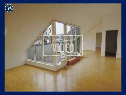 Große, helle Dachgeschoss-Wohnung in Allach-Utermenzing, 2 Zimmer +Terrasse +Wannenbad+Aufzug
