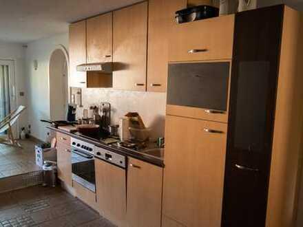 21 qm Zimmer in schöner großer 2er-WG mit Balkon