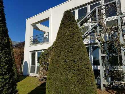 Moderne Villa mit Einliegerwohnung am Westerberg