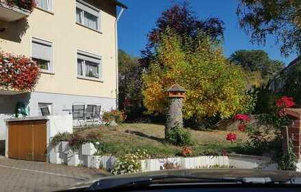 Helle DG-Wohnung mit drei Zimmern in Bamberg-Bug