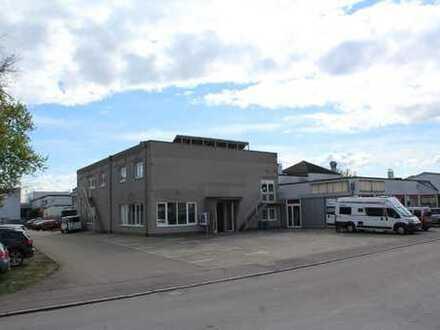 Einzelhandel ++ Büro ++ Hochwertiger Lagerraum ++ 550m²: Gewerbeimmobilie/Halle mit enormen Potentia