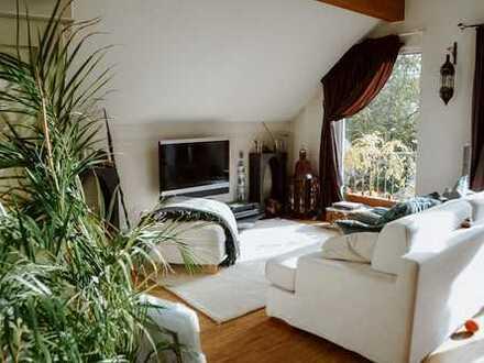 Traumhaft wohnen in Refrath 3,5 Zimmer-DG + Wohnung