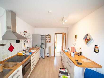 2-Zimmer-DG-Wohnung mit Balkon in Mainz