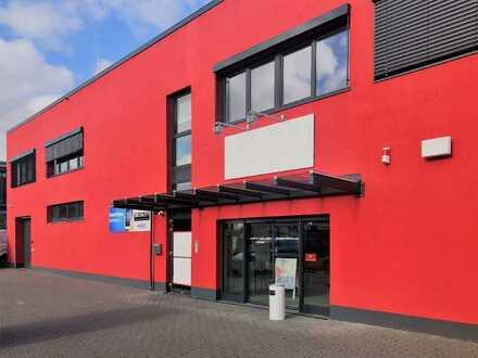 Bonn (Beuel) - Ausstellungs-/Verkaufs-/Lagerhalle ca. 522 m² mit Büro u. 8 Parkplätzen!