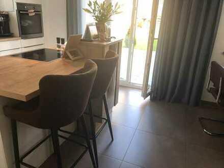 Geschmackvolle Helle 3-Raum-EG-Wohnung mit Terrasse in Eitting