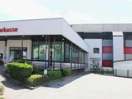 Vielseitig nutzbare Büro- /Gewerbeeinheit im Zentrum von Schönau