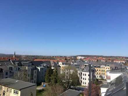 Dachgeschoß Maisonette mit Dachbalkon in TOP-LAGE, EBK möglich