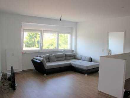 Kernsanierte 3 ZKB-Wohnung in Hockenheim - Zentrum !
