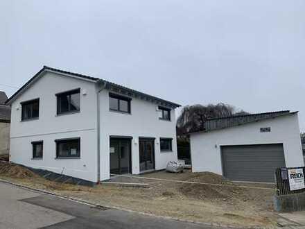 Neubau Einfamilienhaus in Holzständerbauweise - 4,5 Zimmer in Inchenhofen - Erstbezug
