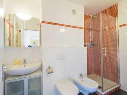 Freundliche 2-Zimmer-Wohnung mit Balkon und Einbauküche in Leer