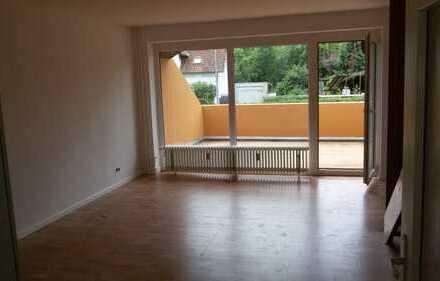 Gepflegte 2-Zimmer-Terrassenwohnung mit Balkon und Einbauküche in Bad Bevensen