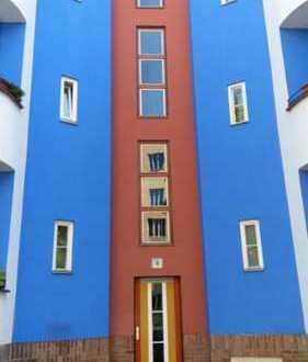 Im Prenzlauer Berg einziehen und losleben, möblierte 2-Zimmer mit Balkon und EBK , Berlin