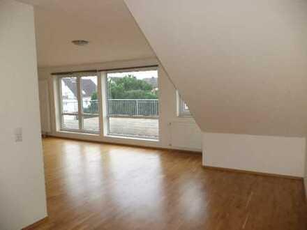 gemütliche 1-Zimmer-Wohnung mit großer Dachterrasse+Garten*opt.Garage*inklusive EBK