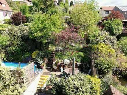 Preisreduzierung ! Haus mit toller Gartenanlage in ruhiger Wohnlage !