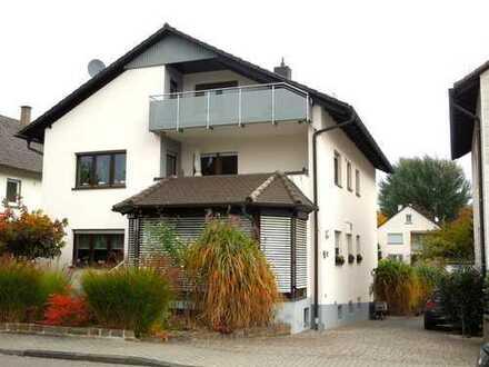 Helle 4 ZKB Wohnung mit 2 Balkonen