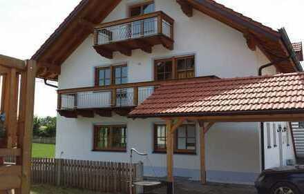 Schönes, geräumiges Haus mit 4 Zimmern u. großem Hobbyraum in Grafing bei München