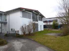 Bürogebäude und Lagerhallen in Kirchanschöring