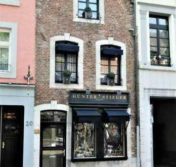 Aachen Innenstadt: charmante 2-Zimmer-Wohnung mit kleinem Balkon