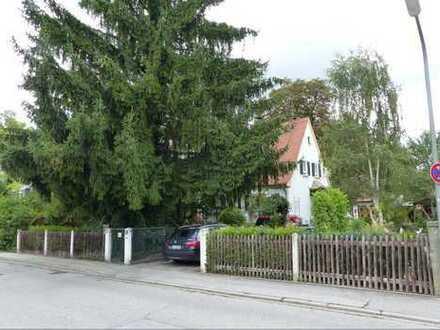 Bieterverfahren; Ältere Doppelhaushälfte in Weilheim-Schongau (Kreis), Weilheim in Oberbayern