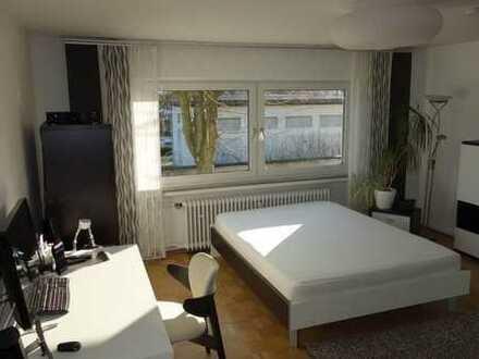 2-Zimmer teilmöbliert mit eigenem Bad in 2er WG