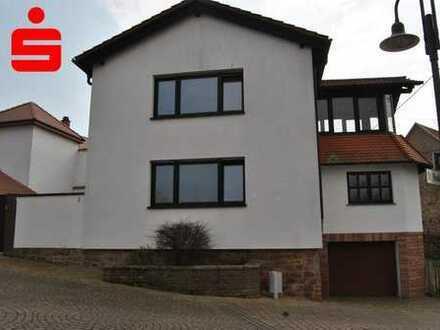Einfamilienhaus mit Flair für die große Familie in Tiefenthal