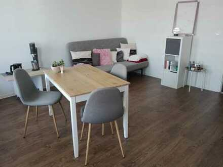 Exklusive, sanierte 1-Zimmer-Wohnung mit Balkon in Oberschleißheim