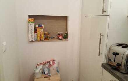 Untervermietung einer neuwertigen 1-Zimmer-Wohnung mit Balkon und EBK in Potsdam