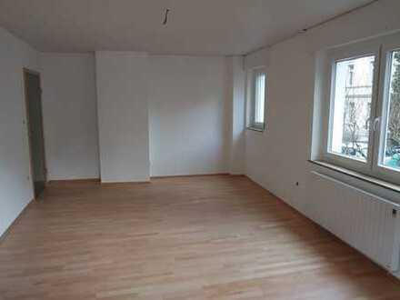 Schöne helle 4 Zimmer Wohnung in Darmstadt
