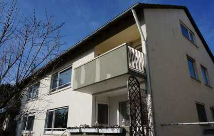 Machen Sie es sich so richtig schön! Große 3 Zi Wohnung mit sonnigem Balkon und geräumiger Garage