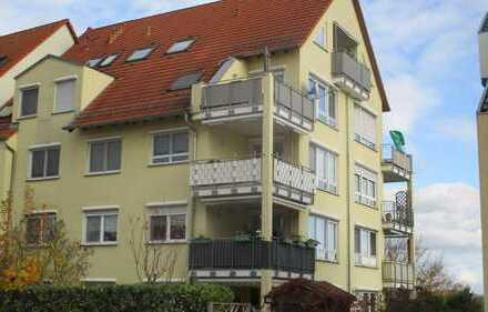 Schöne Wg. in begehrter Lage mit Einbauküche, Parkett, TG, Terrasse, Gartenanteil.