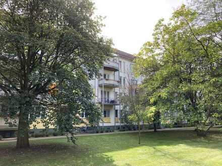 Helle Wohnung mit Balkon im DG