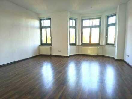 !! Direkt am Küchwald, schöne 3-Raum-Wohnung mit Balkon !!
