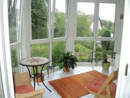 Schöne, geräumige und ruhige zwei Zimmer Wohnung in Aschaffenburg, am Rande der Innenstadt