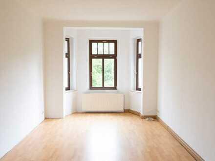 Ansprechende 3-Zimmer-Wohnung im 3. OG mit zwei Balkonen